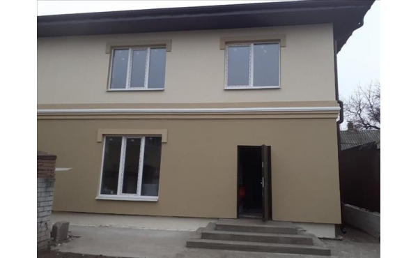 Дом новой постройки в Центре р-н ул. Артема